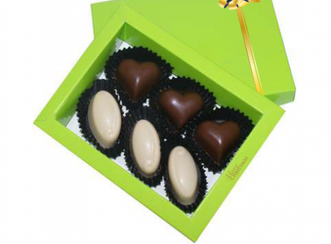 6 pralines in a box