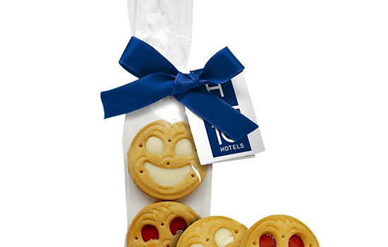 Bag with smile cookie