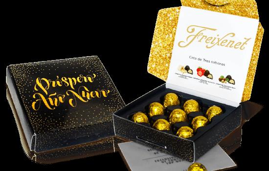 Christmas box with 9 mini chocolates