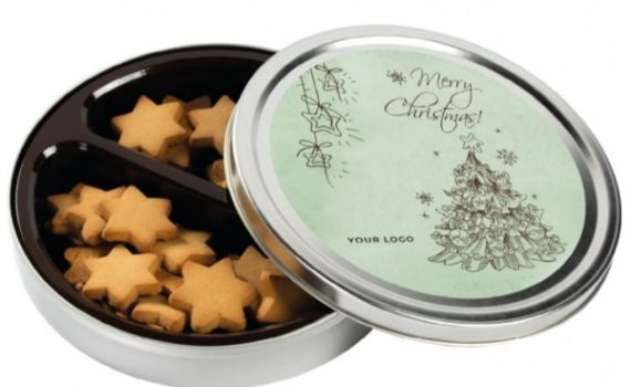 Chrismast ginger spice cookies in tin