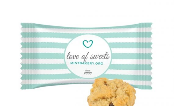 Mini Oatmeal Cookie with chocolate chips