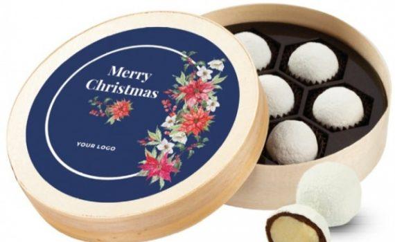 Snowballs in Wooden Box