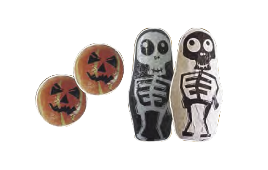 Pumpkin and skeleton of chocolate