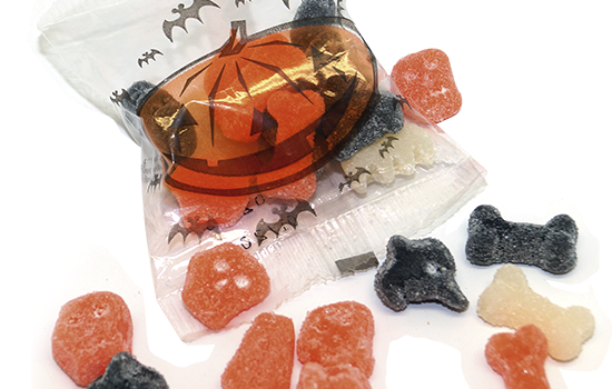 10g bag with Halloween gummies