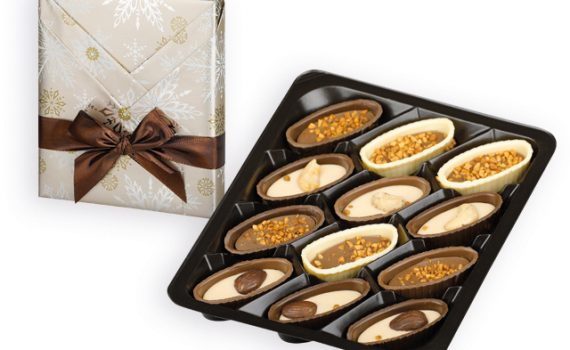 Chocolate pumps with nuts in gift box, 125g