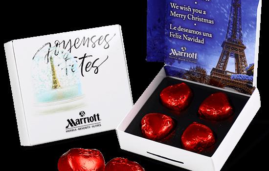 Box with 4 heart chocolates