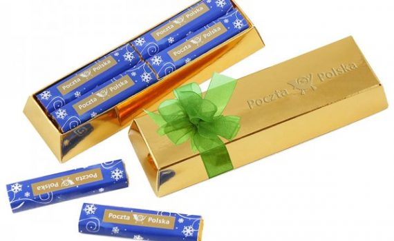 Promotion set of 8 milk chocolates