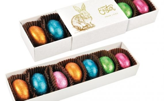 Easter Box 7 pcs chocolate eggs with nut filling
