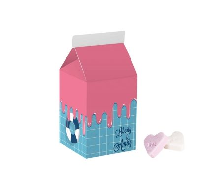 Promotion small milk pack with 100 g fruit hearts